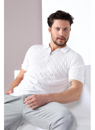 Ferraro Tişört Beyaz